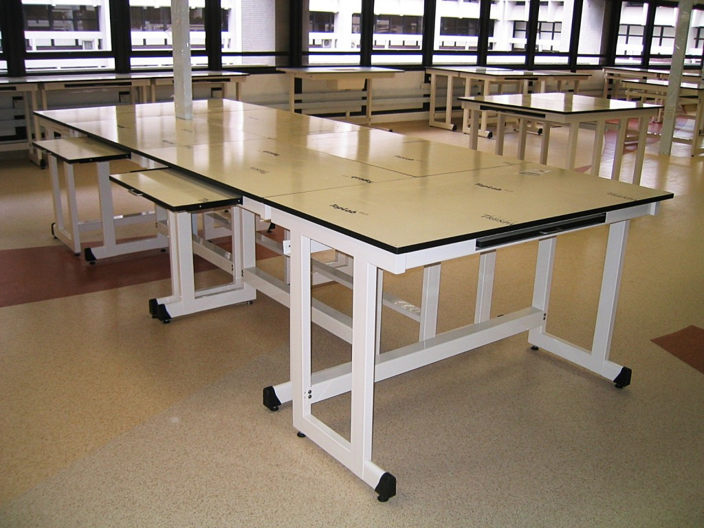 Pacific Vinitex Modular Laboratory Furniture Systems |